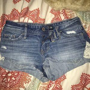 Hollister Short Shorts Jeans Low Rose Lace 0 w24
